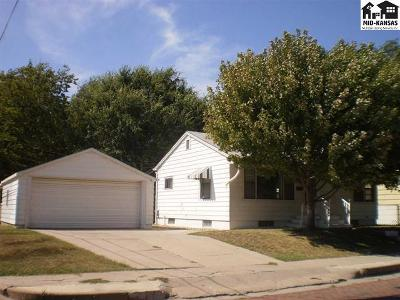 Hutchinson Single Family Home For Sale: 615 N Elm St