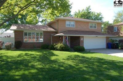 McPherson KS Single Family Home Contingent Other Co: $214,900