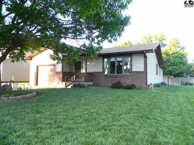 McPherson KS Single Family Home Contingent Other Co: $209,900