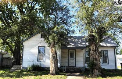 McPherson County Single Family Home For Sale: 105 W Morgan St