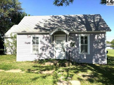 McPherson County Single Family Home For Sale: 106 N Pine St