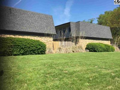 Hutchinson Multi Family Home For Sale: 3007 Sierra Pkwy