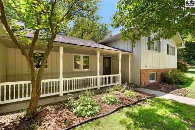 Hutchinson Single Family Home For Sale: 3106 Cornell Dr