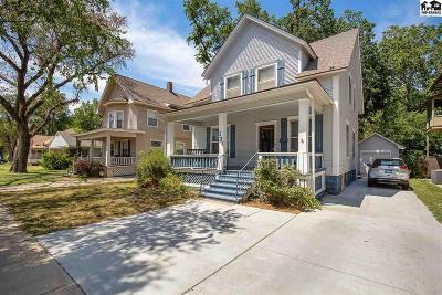 Hutchinson Single Family Home For Sale: 124 E 11th Ave