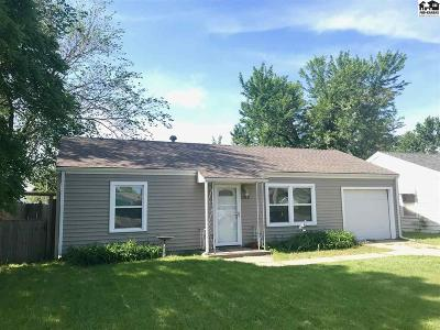 Hutchinson Single Family Home For Sale: 1013 E 11th Ave