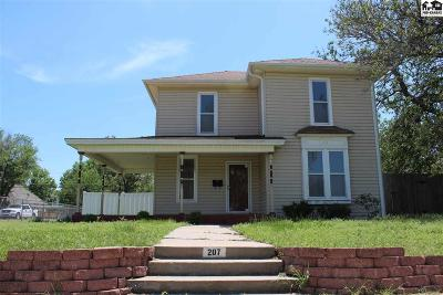 Reno County Single Family Home For Sale: 207 W 13th Ave