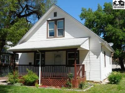 McPherson KS Single Family Home For Sale: $77,900
