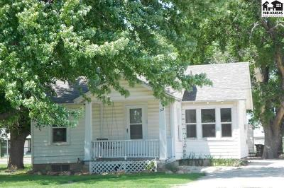 McPherson KS Single Family Home Contingent Other Co: $69,900
