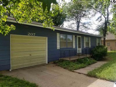 Plevna Single Family Home For Sale: 207 S Main St.