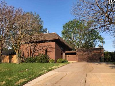 Pratt Single Family Home For Sale: 581 Sunrise Ave