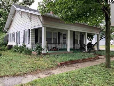 Moundridge Single Family Home For Sale: 315 S Christian Ave