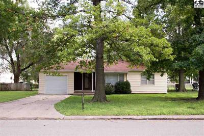 Haven Single Family Home For Sale: 114 N Topeka St