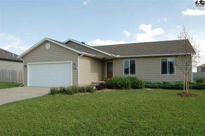McPherson KS Single Family Home For Sale: $186,000