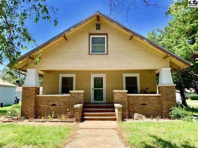 Moundridge Single Family Home For Sale: 205 N Christian Ave