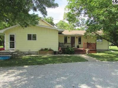 Galva Single Family Home Contingent On Sale And Cl: 1273 24th Ave