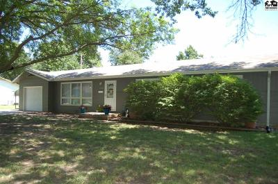 McPherson KS Single Family Home For Sale: $149,900