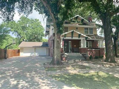 Inman Single Family Home For Sale: 204 S Locust St