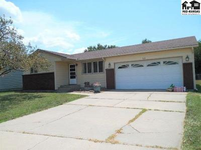 Single Family Home Sale Pending: 1311 E 26th Ave