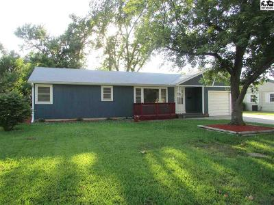 McPherson County Single Family Home For Sale: 833 N Myers St