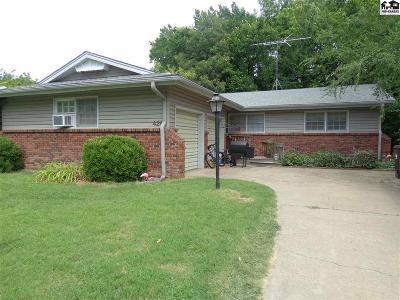 Lindsborg Single Family Home For Sale: 428 N 3rd St