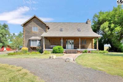 Reno County Single Family Home For Sale: 1905 S Riverton Rd
