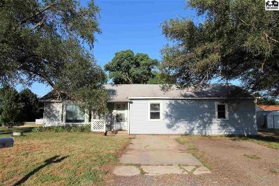 Hutchinson Single Family Home For Sale: 230 N Hendricks St