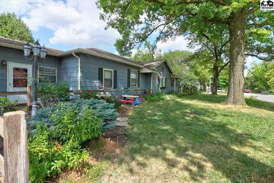 McPherson KS Single Family Home For Sale: $165,000