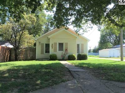 Haven Single Family Home For Sale: 207 E 2nd St