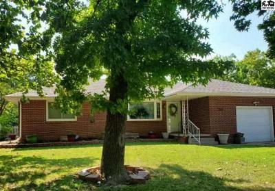 Hutchinson Single Family Home For Sale: 2611 N Monroe