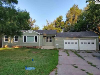 McPherson Single Family Home For Sale: 510 S Hartup St
