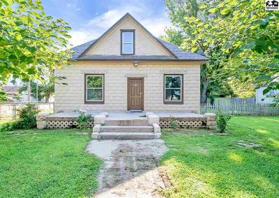 Haven Single Family Home For Sale: 222 N Hutchinson Ave