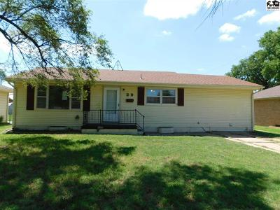 Hutchinson Single Family Home For Sale: 29 Sunflower Ave