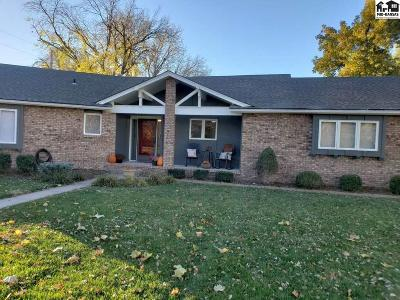 Reno County Single Family Home For Sale: 903 Surrey Trail