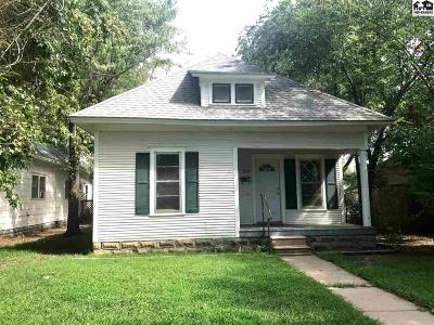 Hutchinson Single Family Home For Sale: 316 W 8th Ave