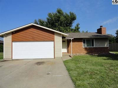 McPherson Single Family Home For Sale: 1418 N Grimes St