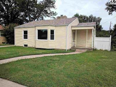 Single Family Home For Sale: 2124 N Monroe St
