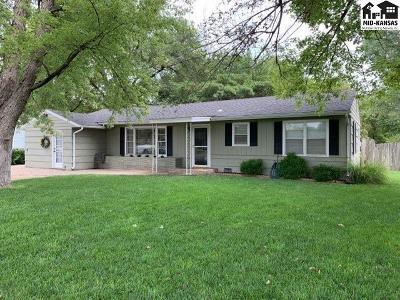 Single Family Home For Sale: 3106 N Halstead St