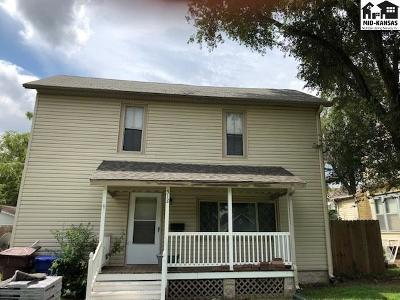 McPherson Single Family Home For Sale: 512 S Main St
