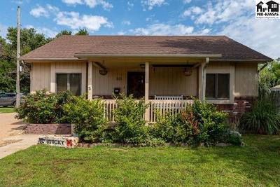 McPherson Single Family Home For Sale: 515 E 1st St