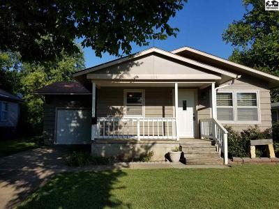 Lindsborg Single Family Home For Sale: 124 N Cedar St