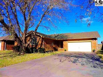 Reno County Single Family Home For Sale: 806 Idlewild Dr