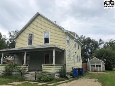 McPherson KS Single Family Home For Sale: $89,900