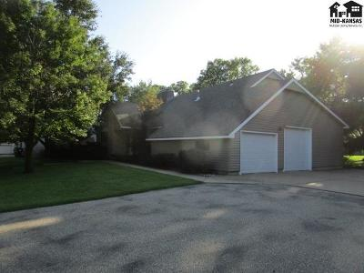 Reno County Single Family Home For Sale: 2505 N Meadow Lake Dr