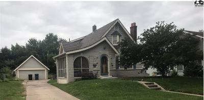 Hutchinson Single Family Home For Sale: 21 W 20th Ave