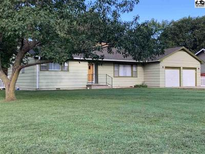 Hutchinson Single Family Home For Sale: 3401 N Walnut St