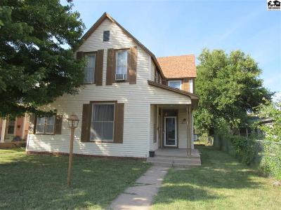 Hutchinson Single Family Home For Sale: 116 W 10th Ave