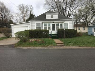 Doniphan County Single Family Home For Sale: 403 N 7th Street