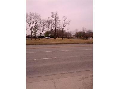 Johnson-KS County, Miami County Commercial For Sale: 14915 Metcalf Avenue