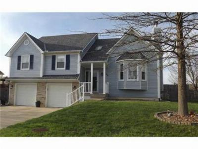 Raymore MO Single Family Home Sold: $179,900