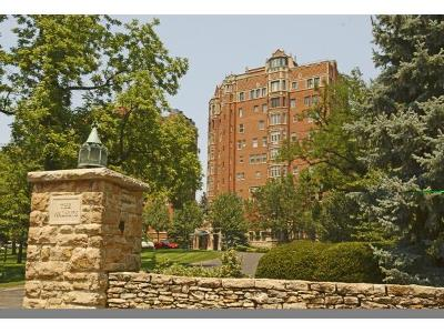 Condo/Townhouse Show For Backups: 5049 Wornall Road #10C/11C